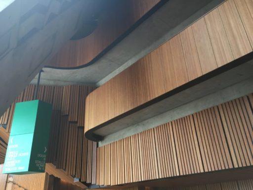 シドニーオペラハウスのガイドツアー