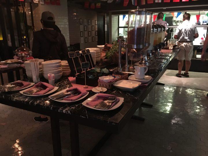 メルキュールバンコク スクンビット11の朝食会場