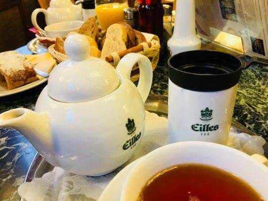 プラハ 市民会館 朝食 お茶