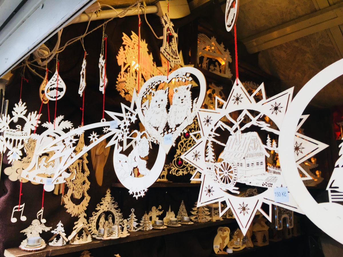 プラハクリスマスマーケットのオーナメント