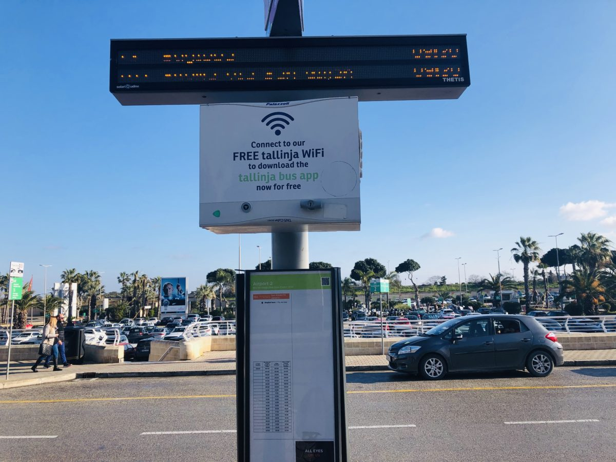 マルタのバス停