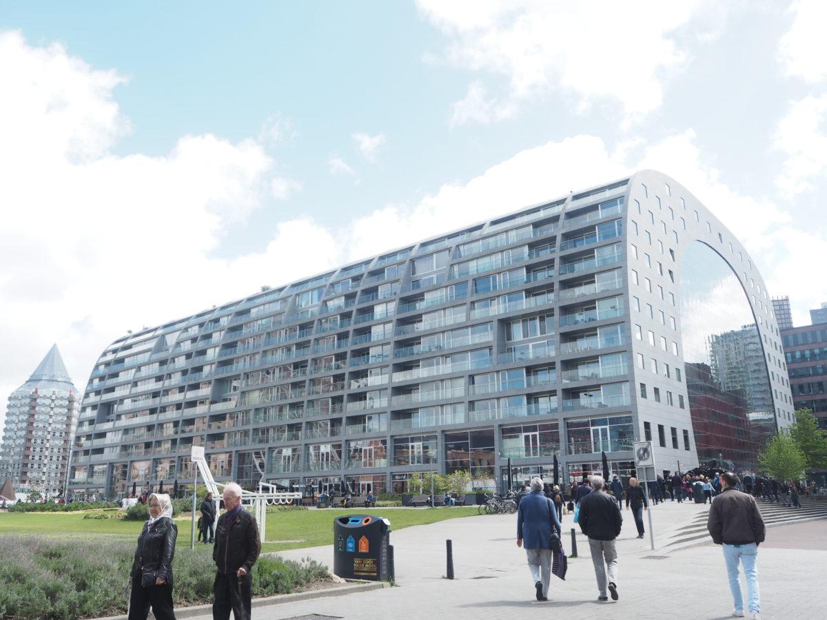 ロッテルダムのマルクトホール外観