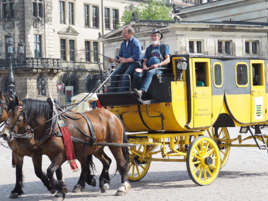 ドレスデンを走る馬車