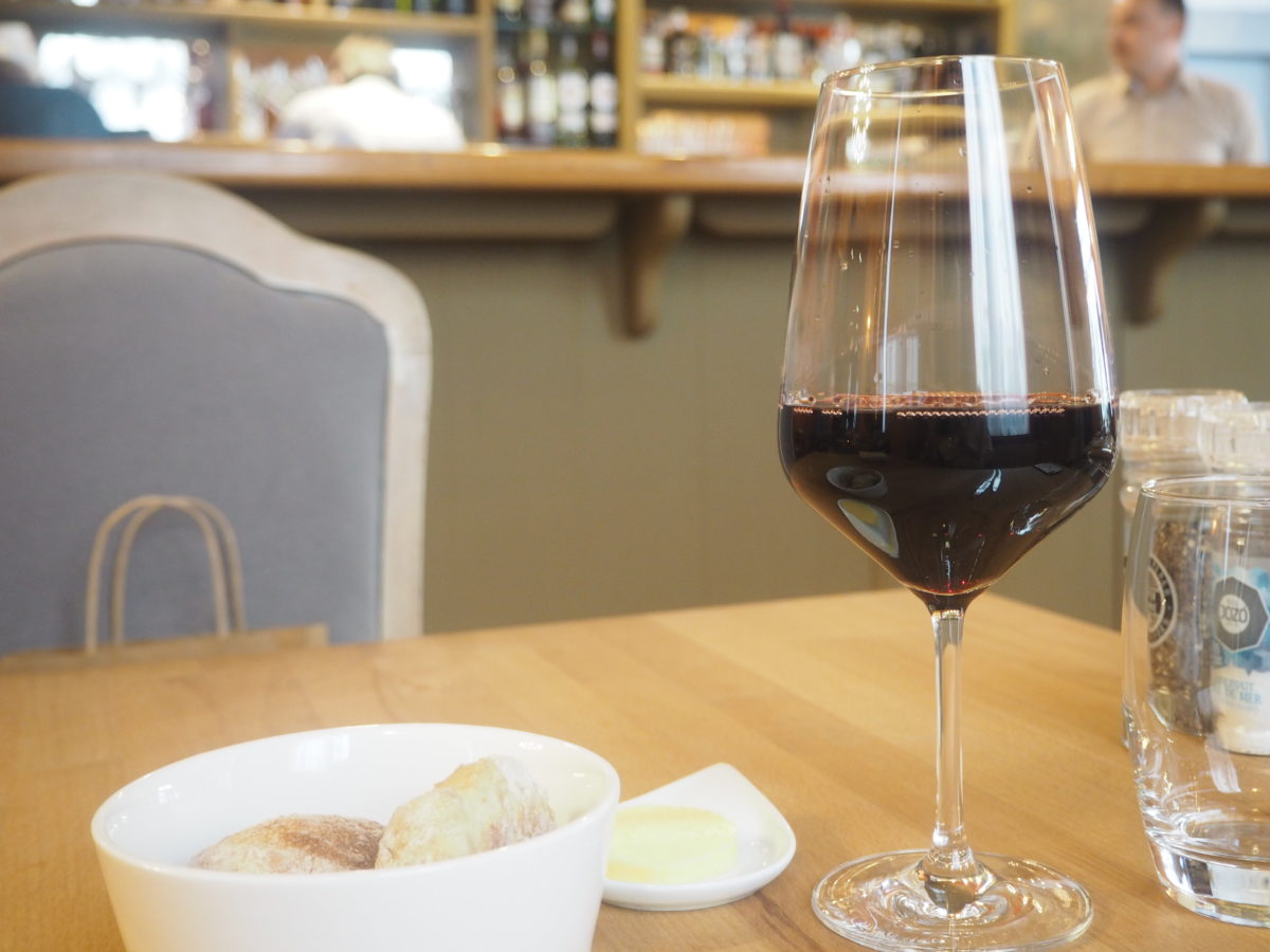 """ブリュッセルのおすすめレストラン""""L'ATLIER DE WILLY""""のワイン"""