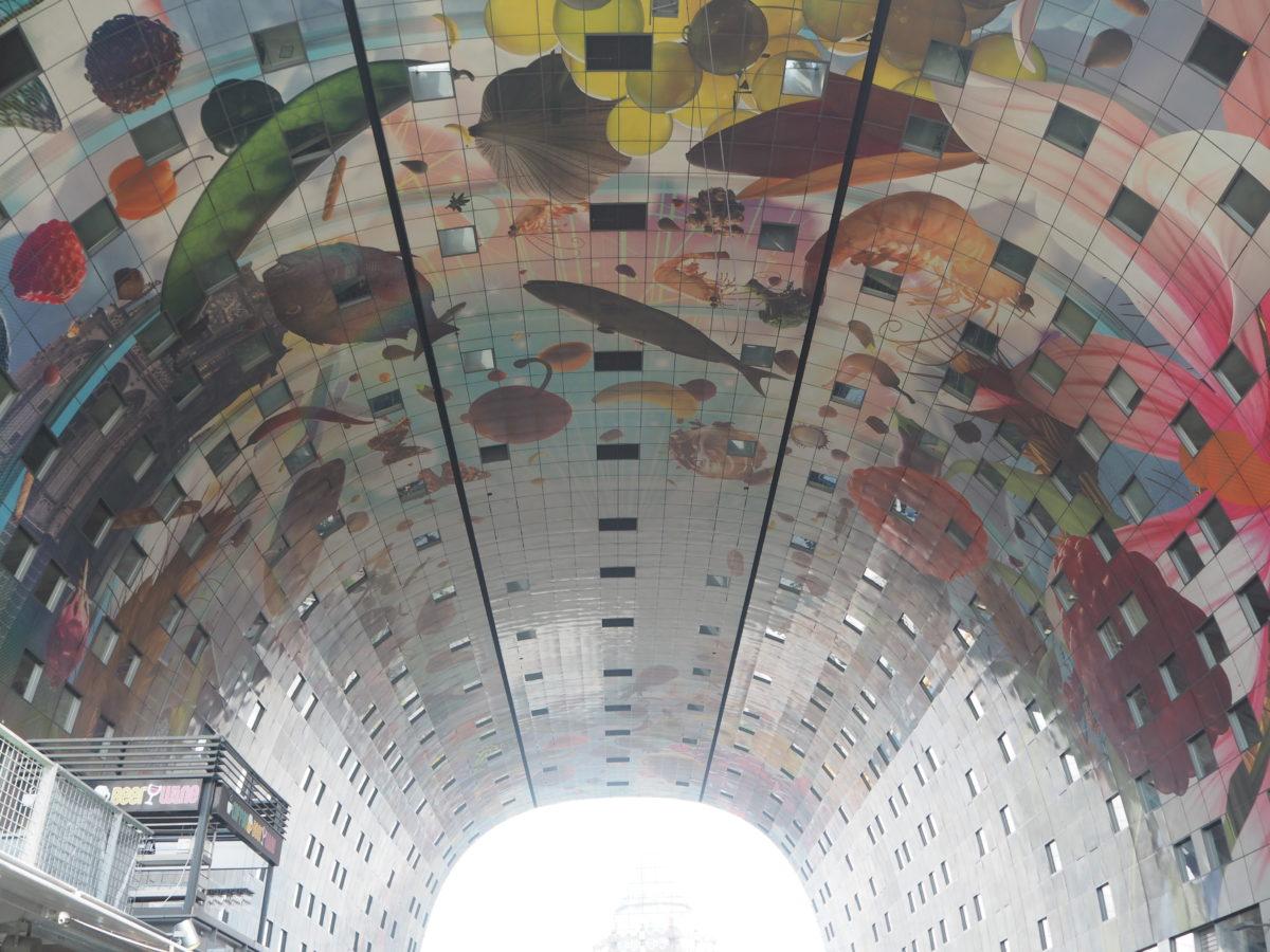 オランダマルクトホールの内観