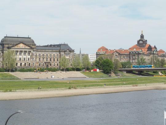 ドレスデンを流れるエルベ川