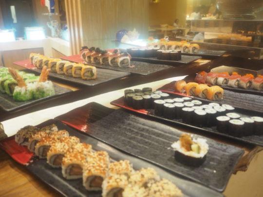 ムリアリゾート ザカフェ ディナー 寿司