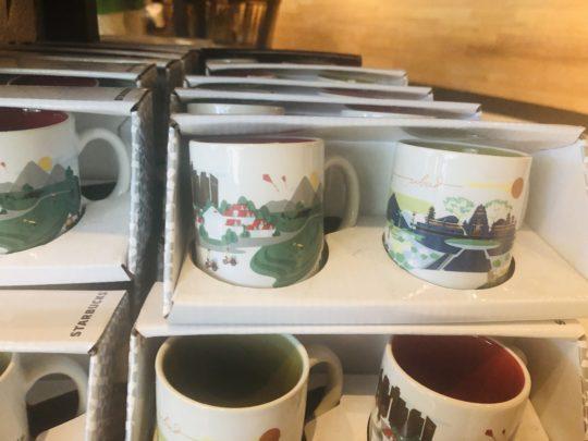 バリのスタバのマグカップ