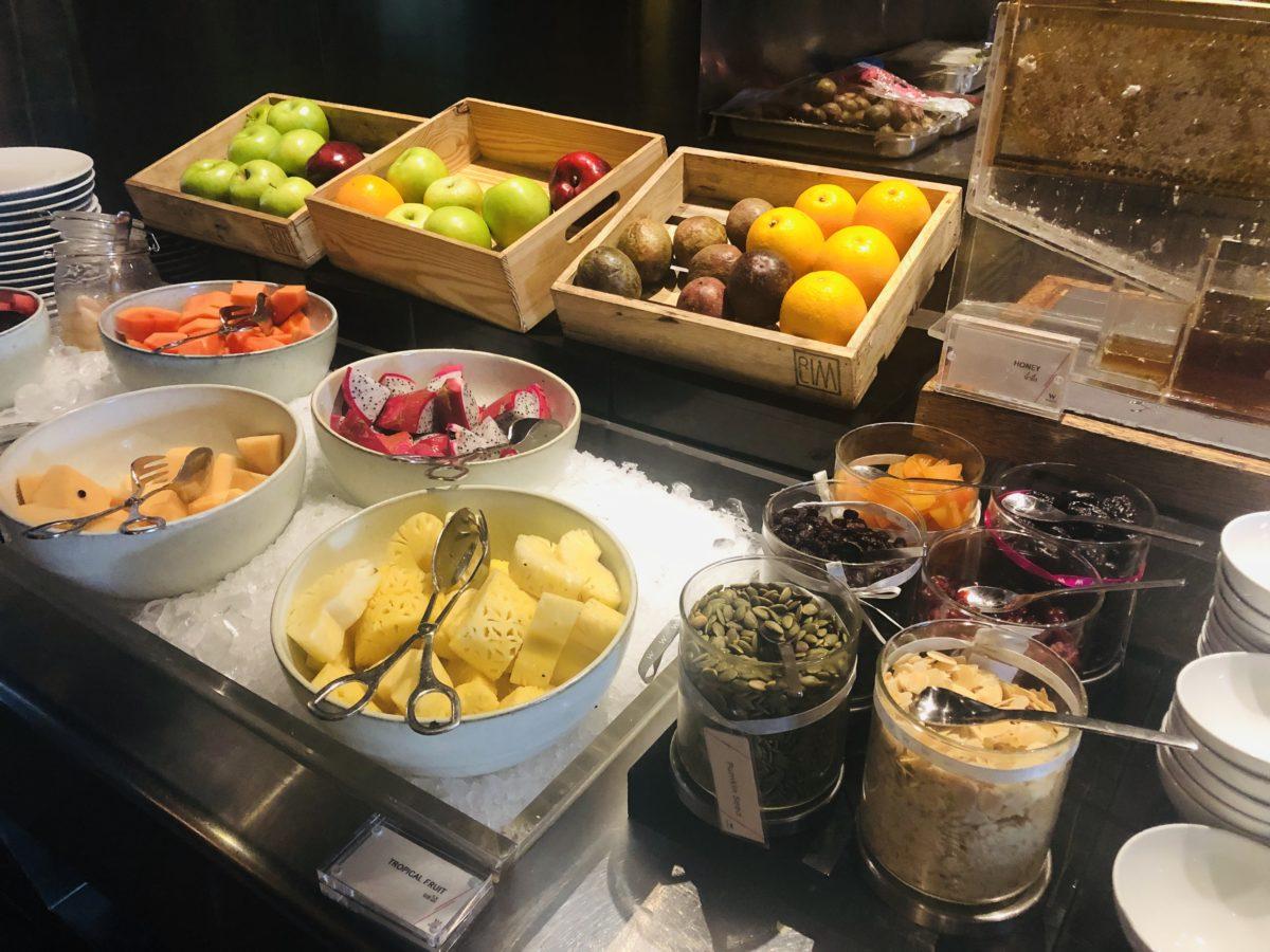 タイのWバンコクホテルの朝食 フルーツ