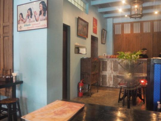 バンコクのレストラン「バーン・パッタイ」は店内がかわいい