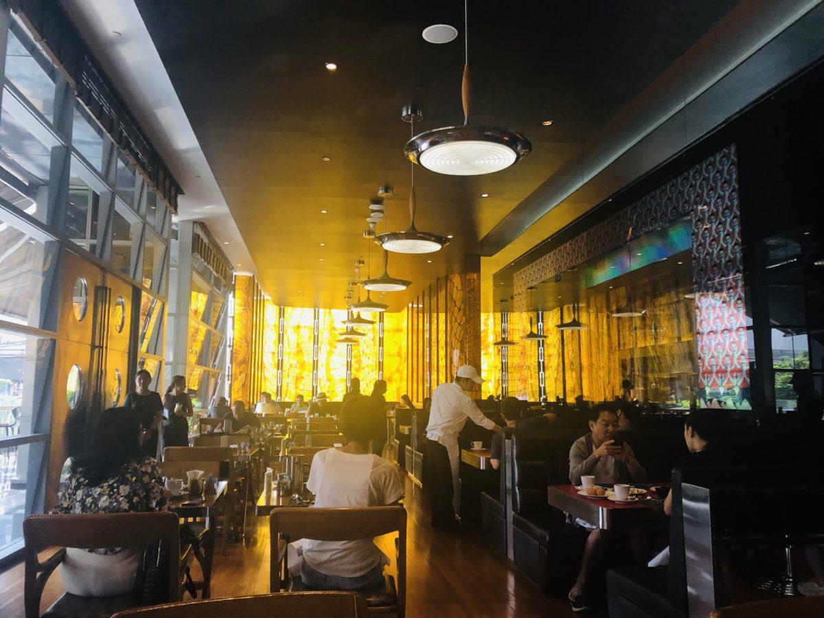 タイのWバンコクホテルの朝食会場