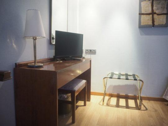 バルセロナの「ホテルリアルト」のベッドルーム