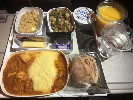 エミレーツ航空機内食(スペイン発)
