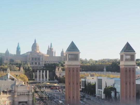 Arenas de Barcelona(アレナス・デ・バルセロナ)から望むカタルーニャ美術館