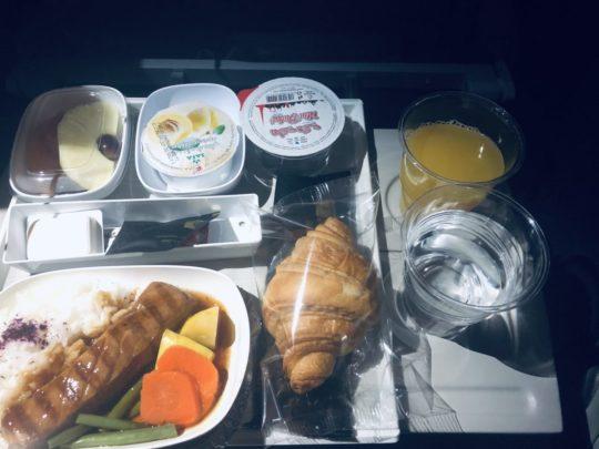 エミレーツ航空朝食機内食