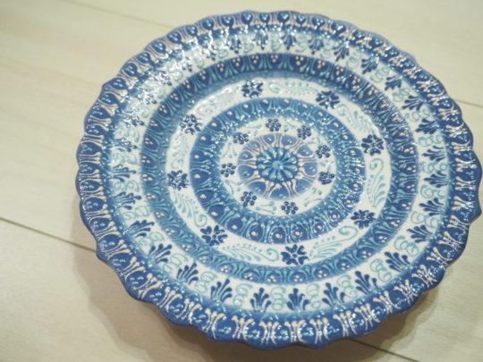 トルコ土産 キュタフヤ陶器のお皿1