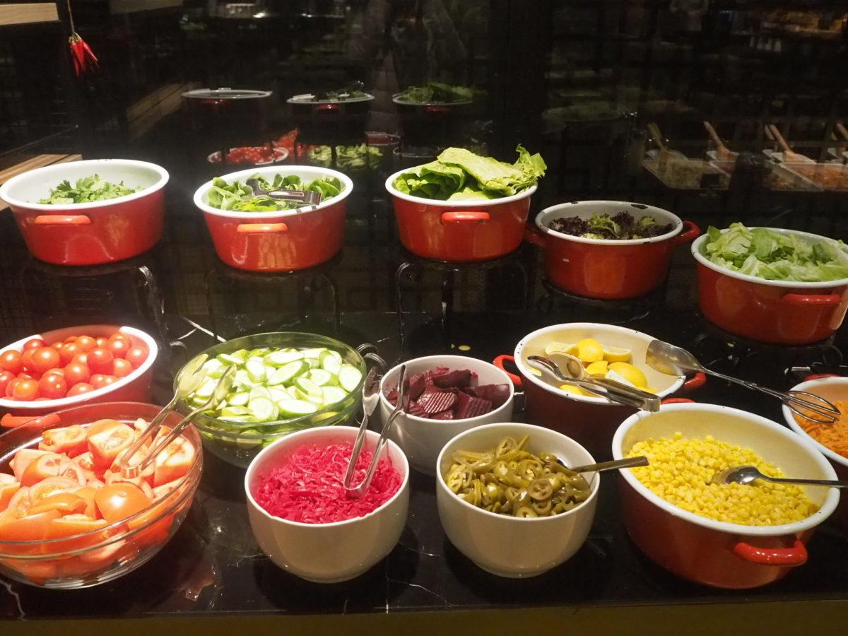 スラハギアソフィアホテル(Sura Hagia Sophia Hotel)の朝食サラダバー