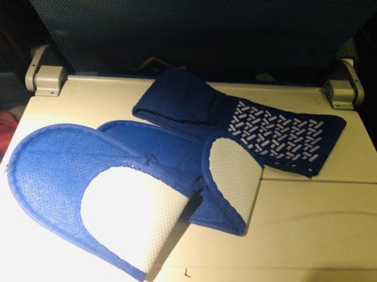 トルコ航空(ターキッシュエアラインズ)のエコノミーアメニティグッズ(スリッパ・靴下)