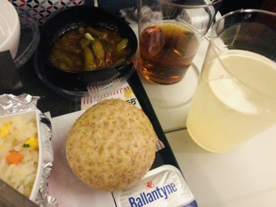 トルコ航空(ターキッシュエアラインズ)の機内食のパン(成田→イスタンブール )