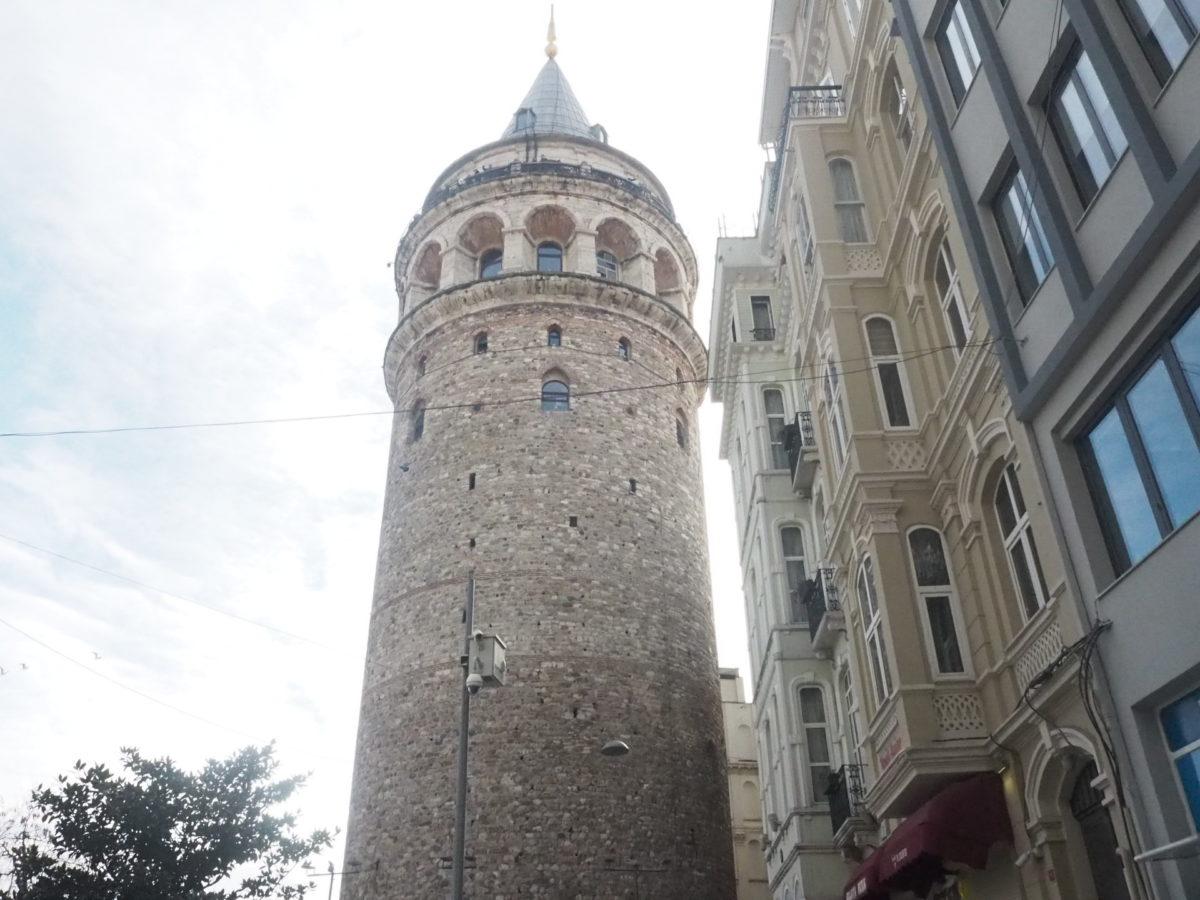 イスタンブールの観光名所ガラタ塔