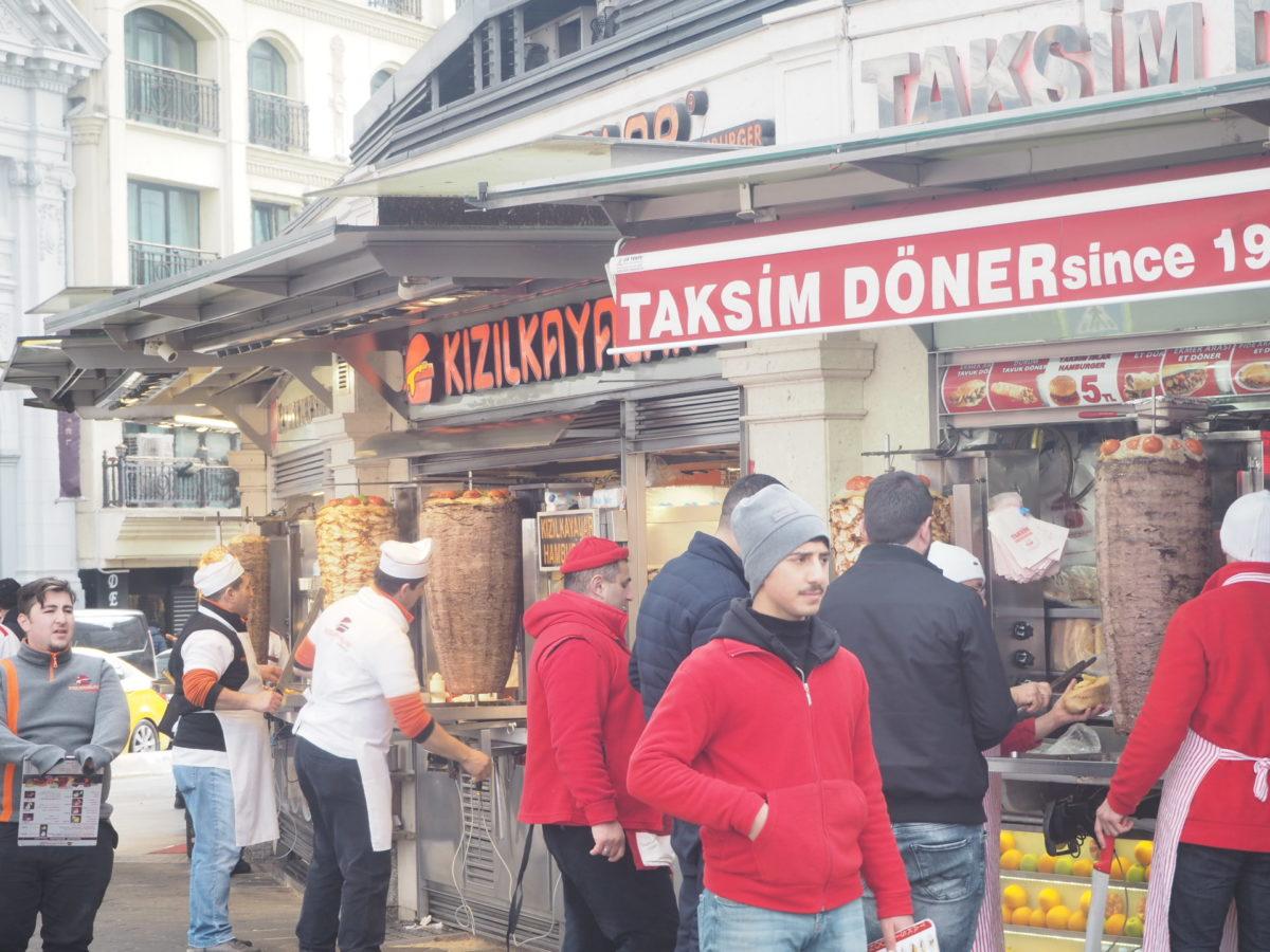 タクシム広場近くのケバブ屋さん