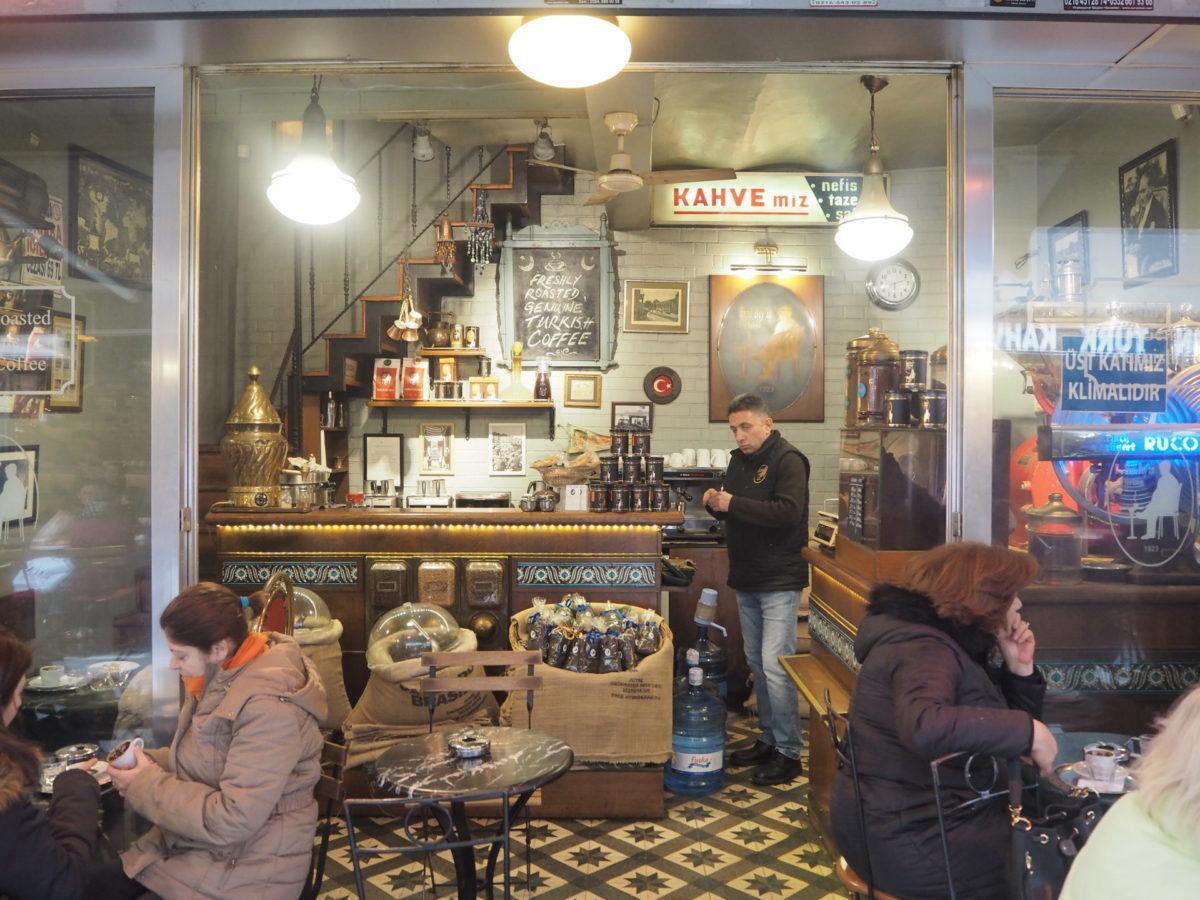 イスタンブールのかわいいカフェ