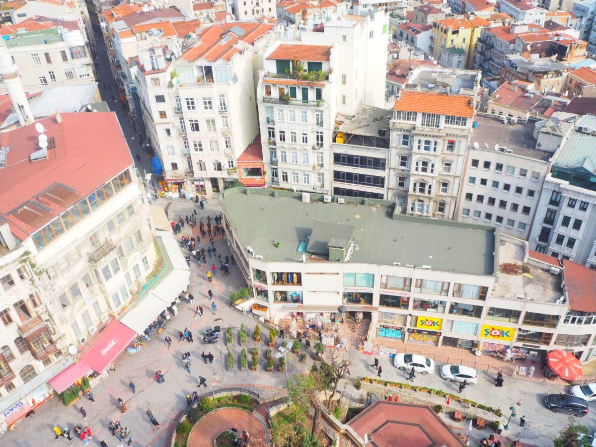 ガラタ塔から見下ろしたイスタンブール新市街の街並み