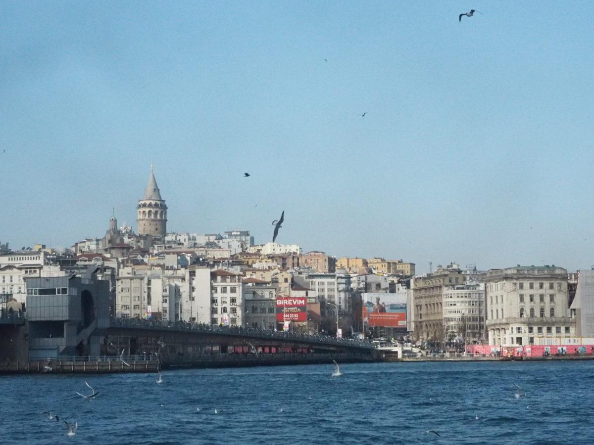 イスタンブールのシンボル「ガラタ塔」