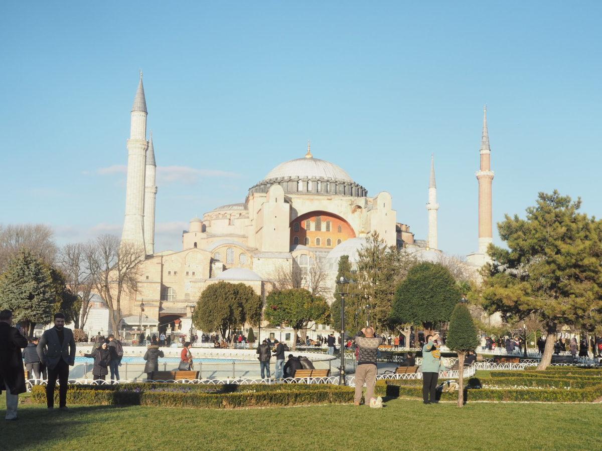 イスタンブール旧市街の世界遺産アヤソフィア