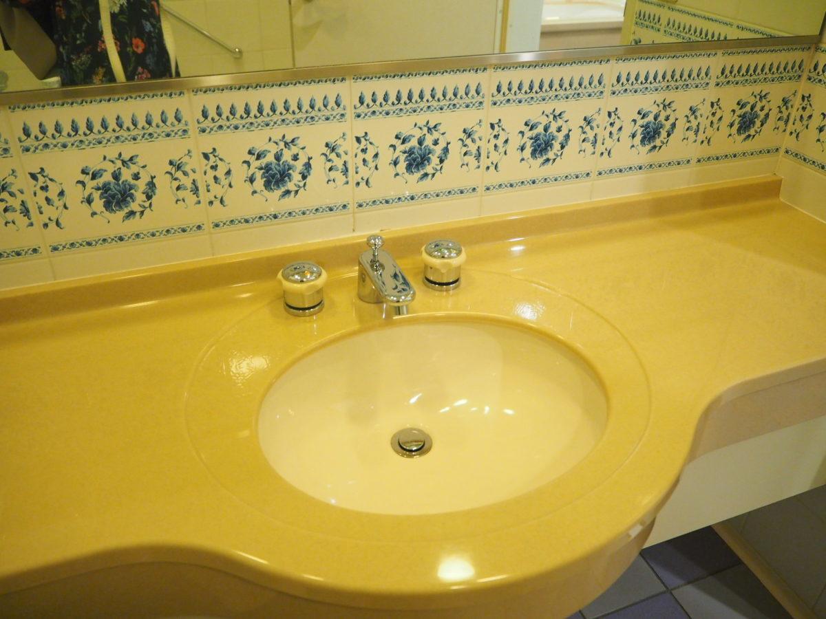 ホテルアムステルダムのバスルーム