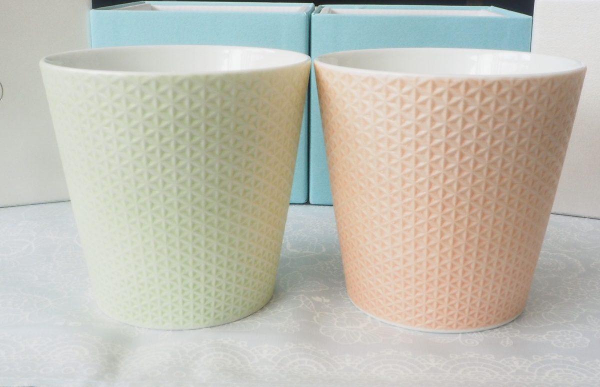 金照堂の有田焼のカップ