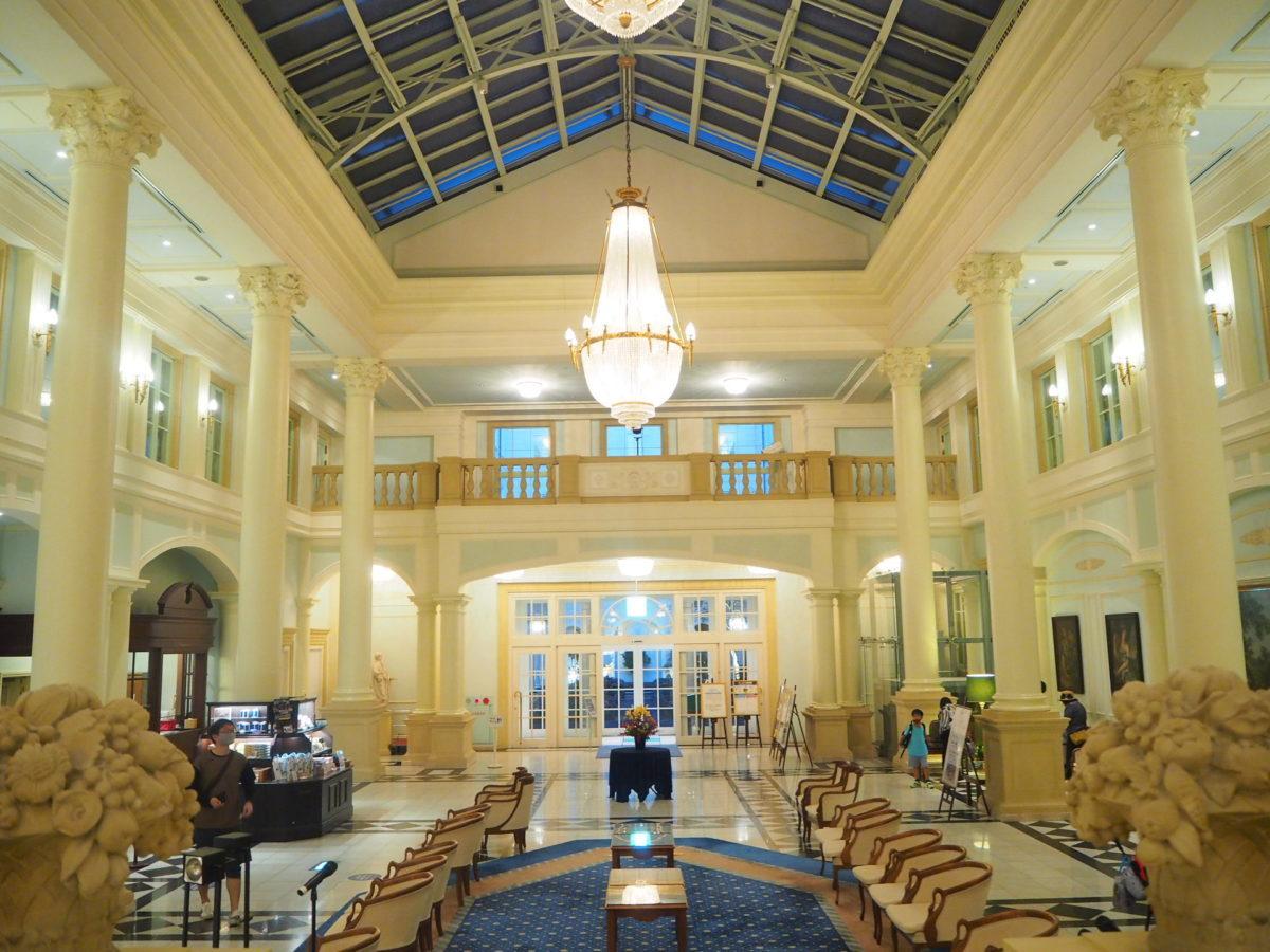 ホテルアムステルダムの入口