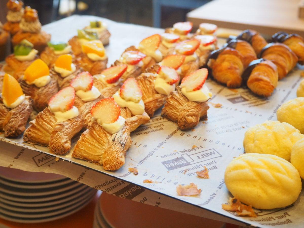 星野リゾートOMO7の朝食のデザートパン